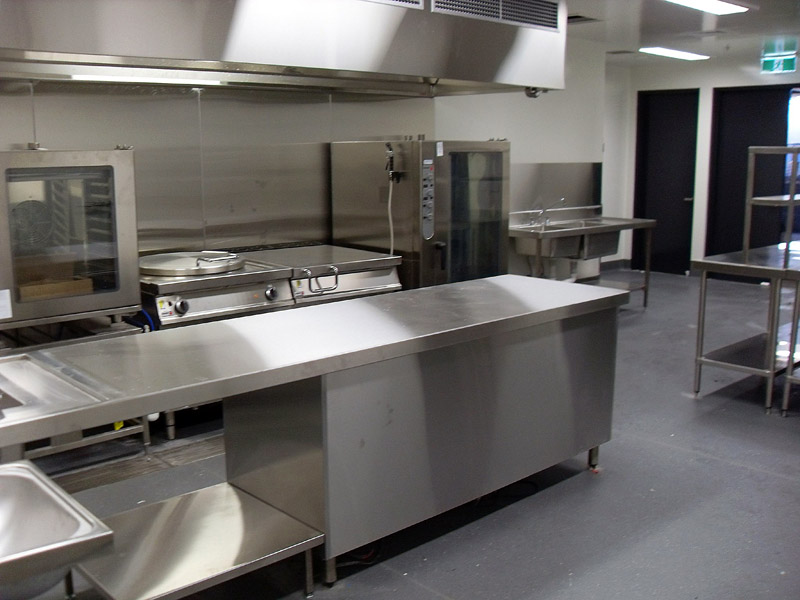 Hospitality design melbourne commercial kitchens mercure caroline springs - Commercial kitchen designer ...